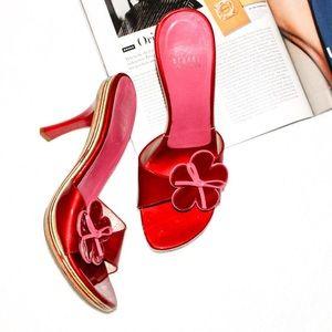 STUART WEITZMAN✨ Red & Pink Heels w/ Floral Decal